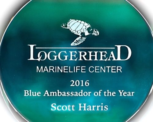 Scott Harris wins Loggerhead Marinelife Center 2016 Blue Ambassador of the Year Award