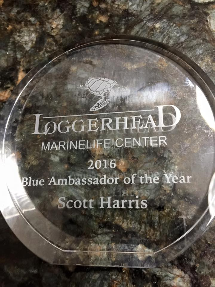 "Scott Harris wins ""Blue Ambassador of the Year"" award at Loggerhead MarineLife Centers 8th annual Go Blue Awards"